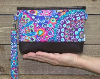 iPhone Wallet Wristlet, iPhone 7 Plus Crossbody, Samsung Galaxy Note, S6 S7 Edge, Cell Phone Purse Clutch, Card Slots / Blue Kaleidoscope