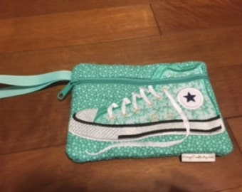 Hi Top Wristlet-Teal Dots & Flowers