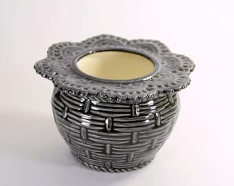African Violet Pot Basket Weave Small Black