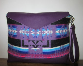 Large Wrist Bag Clutch Purse Native American Print from Pendleton Oregon Soft Purple Leather