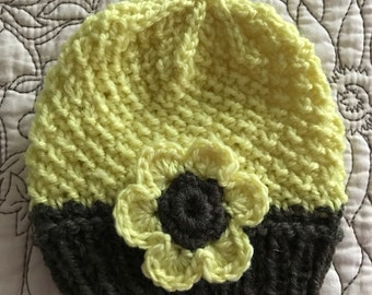 Newborn Baby Yellow Flower Beanie Hat Photo Prop for Spring Easter