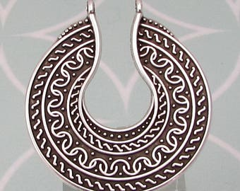 Boho Ethnic Round Pendant, Antique Silver, AS442