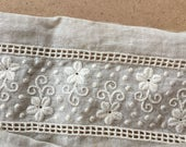vintage eyelet trim - edwardian- 24 inches