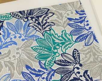 4578 - Chic Floral Cotton Fabric - 59 Inch (Width) x 1/2 Yard (Length)