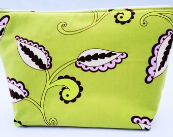 Zipper Pouch Cosmetic Bag - Green Floral