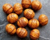Etched Bead, Carved Bead, Oval Bead, Ethnic Bead, Ornate Bead, Washed, Distressed, Antiqued, Vintage Lucite Beads, Vintage Beads, 12 Beads
