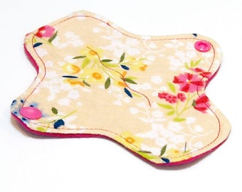 """6"""" Reusable Cloth winged ULTRATHIN Pantyliner - Cream Floral  -Cotton flannel top"""