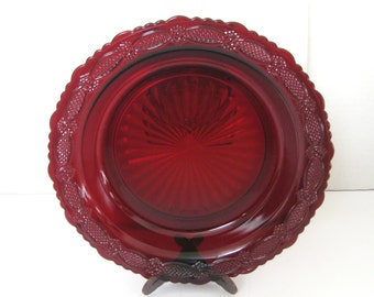 Avon 1876 Cape Cod Collection Pie Plate Server