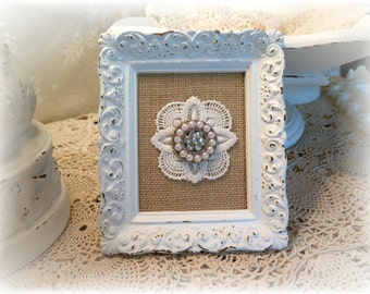 Shabby Chic Vintage Frame & Burlap  Farmhouse Chic Cottage Chic Romantic Chic Wall Decor Recycled Distressed Vintage Frame