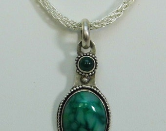 Sterling Silver Green Agate Focal Necklace