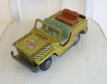 Vintage Metal Jeep, Toy Truck, Toy Jeep, Military Jeep, Radio Jeep, Metal Toy Jeep, Made in Japan