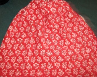 Crochet Hanging Towel Red with white flowers, white top, Pioneer