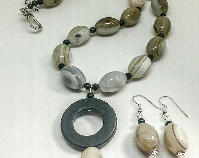 Josie Item # 201705, Handmade jewelry,Handcrafted necklace and earring set is made with agate and black stone