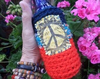 Hippie Festival, D63, beer cooler, can cooler, bottle cooler, Beer cozy, Cheers,Hippie peace, hippie crochet, boho beer, crochet beer