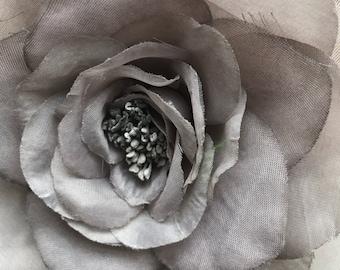 SILK GARDENIA FLOWER, Pale Grey  / S - 72