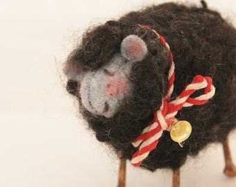 Sheep Little Gray/Black Sheep Prim Needle Felted Sheep #2528