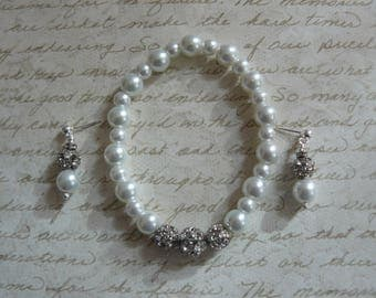Wedding Jewelry, Bracelet and Earring Set, White Pearls with Rhinestones, Handmade Jewelry, Unique Handmade, Jewelry Sets, Bridal Gifts