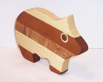 Mini PIG Cutting Board Handcrafted from Mixed Hardwoods