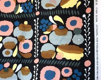 Marimekko Suovilla by Aino-Maija Metsola 150 x 161 piece of cotton-linen fabric