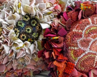 Flower Pillows PDF Patterns for rug hooking with prodding