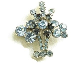 Juliana Flower Vase Brooch D&E Verified Light and Dark Blue Rhinestone Vintage