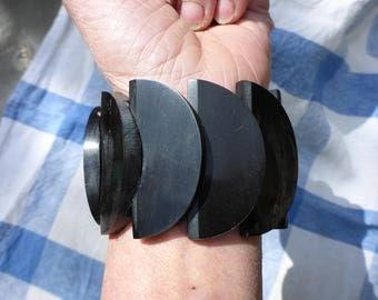 Art Deco, modernist, pressed horn, stretch cuff bracelet.