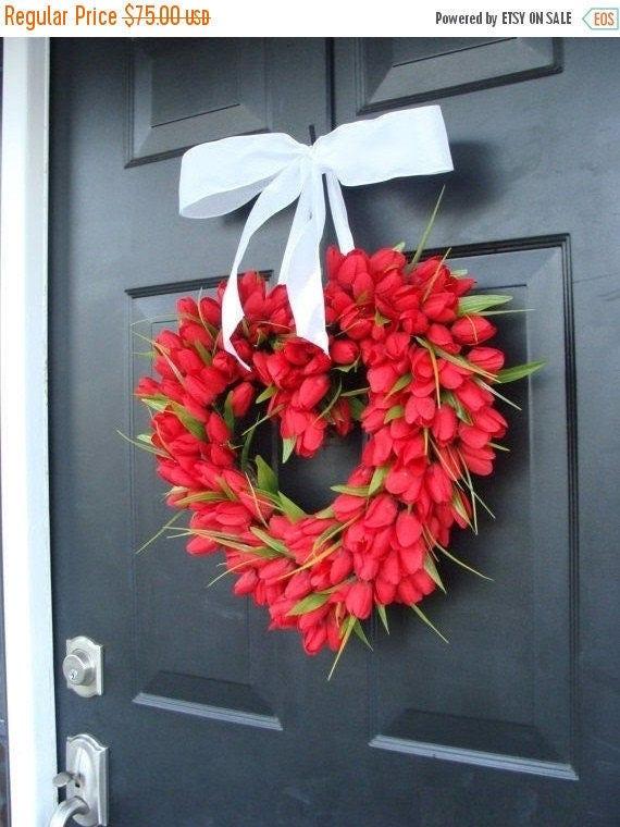 SPRING WREATH SALE Tulip Heart Wreath, Valentines Day Wreath, Wedding Wreath, Valentine Wreath, Valentines Decor, Valentines Day Gift