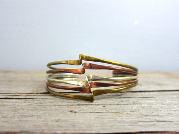Vintage Cuff Bracelet Gold Copper Metal Cuff Fashion Jewelry Minimal Bracelet DELLS