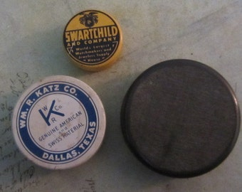 Vintage tin watch part containers to hold your embellishments - Steampunk - Scrapbooking T31