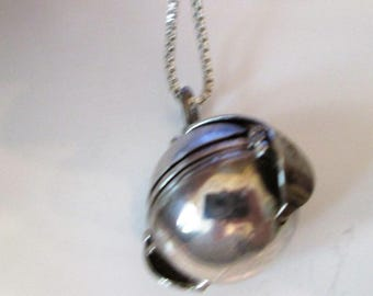 NECKLACE  - LOCKET - Rare -  Folding - 4 picture - Orb - Estate Sale -  extra long - 36 inch sterling chain  necklace303