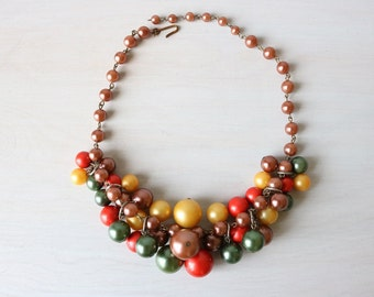 Vintage 1950s Colored Pearl Necklace / 1950s Necklace / Dangle Necklace / Autumn