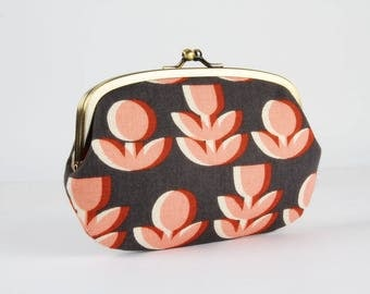 Metal frame purse with two sections - Retro flowers in gray and peach - big siamese / Japanese fabric / Ellen Baker / Paint