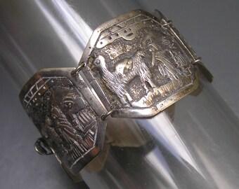 Wide Vintage Tribal Ethnic Bracelet . Bangle . Peru Peruvian . 900 Silver Jewelry