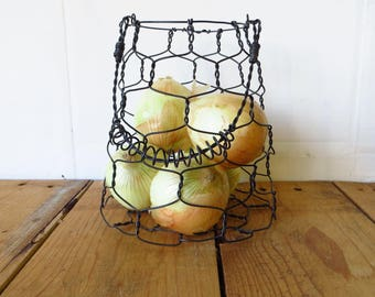 Wire Basket, Farmhouse Style, Vintage Style, Basket with Handle,
