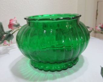 Forest Green Ribbed Planter Bowl Dish
