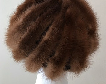 1960s Fur Hat - Brown Mink Beret - Swirly Quirky Fun Hat - Unique Luxurious Fancy Classic - Interesting Winter Accessory - Soft Fur Beret