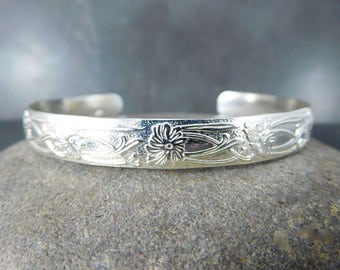 Silver Cuff with Flowers and Vines, Floral Sterling Silver Cuff Bracelet, 7mm Wide Adjustable Nature Inspired Open Bangle, Everyday Jewelry