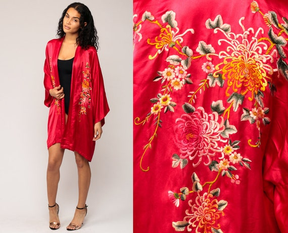 Satin Kimono Robe 90s Dressing Gown Red Chinese Asian Floral