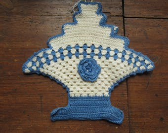 Blue and White Crocheted Potholder, Handmade, Retro Kitchen, Very good condition