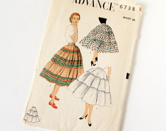 Vintage 1950s Womens Petticoat or Squaw Skirt Advance Sewing Pattern 6738 Complete / waist 24 hip 33 / Gathered Tiers