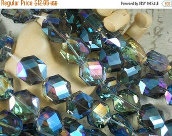 SALE 18 Faceted Crystal HEXAGON Beads Gold, Green, Blue & Purple AB 15mm (C120)