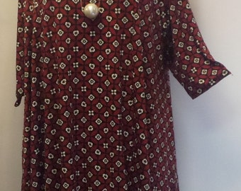 Plus Size Tunic, Coco and Juan, Plus Size Asymmetric Tunic Top Red Black Tile Print Traveler Knit Size 1 (fits 1X,2X)   Bust 50 inches