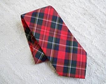 Vintage Accessory Necktie Red Plaid Steve Scheiner Made in USA Tie