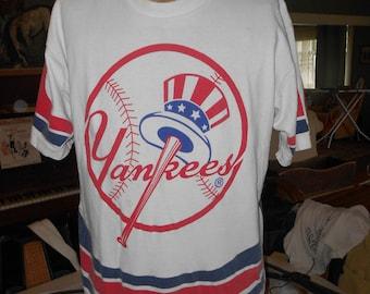 Vintage Yankees T-Shirt, Yankees Baseball T-Shirt - Size L