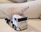 White semi truck metal toy vintage early 1990s christmas bottle brusbh tree mantel display