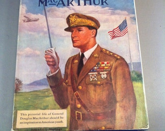 Vintage General Douglas Mac Arthur Biography Book Howard L. Hastings 1942, Hampton Publishing Company, WW11 Generals, 1st Edition, USA ONLY