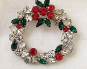 SALE Rhinestone Christmas Wreath Brooch Knock Out Sparkle