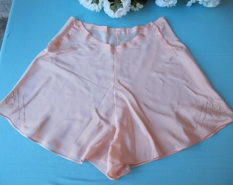 Tap Pants HAND SEWN 1930s Vintage Panties Underwear Bias Cut Peach Silk Applique Unworn Lingerie