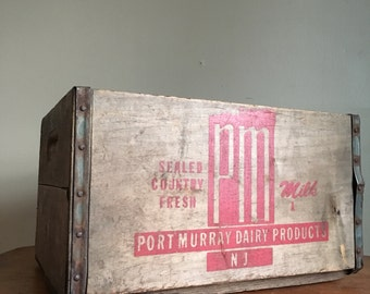 Vintage Port Murray Dairy Products Wooden Milk Crate.