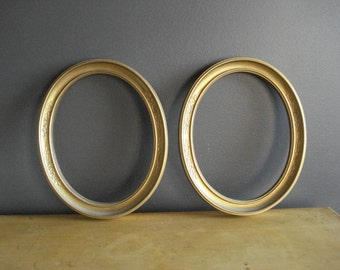 Pretty Oval Frames - Pair of Gold Vintage Picture Frames with Glass